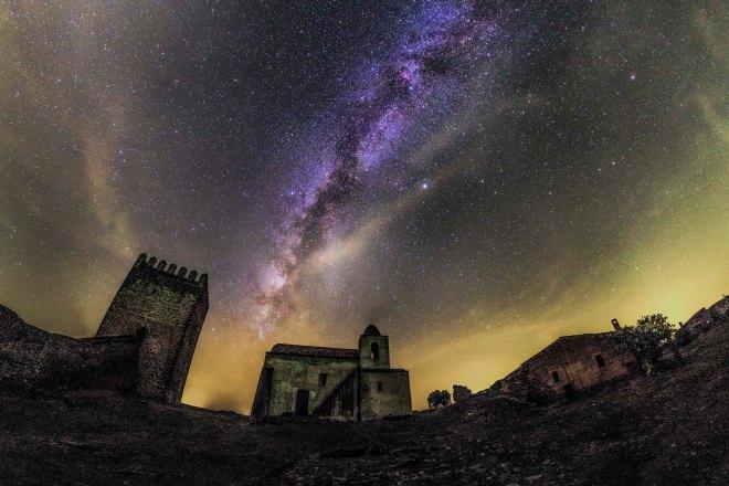 Castelo de Noudar, Portugal © Dark Sky Alqueva