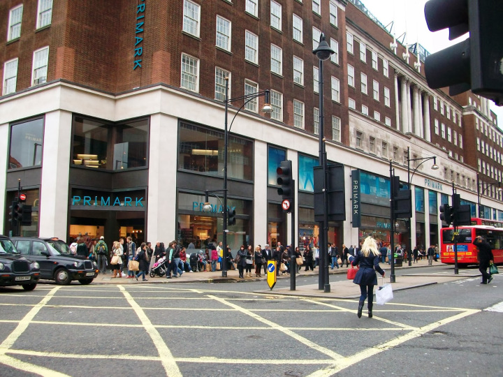 Oxford Street Londres.jpg