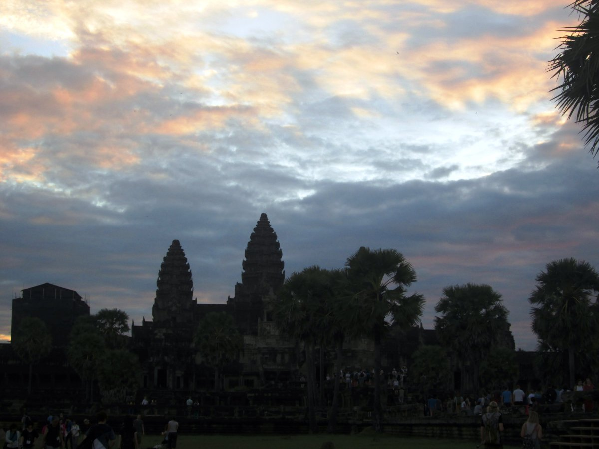 Angkor Wat: Como sobreviver a 400 km2 de templos?