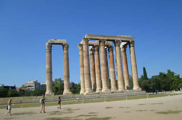 Athenas - Zeus Temple