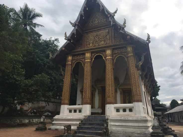 Wat Siphoutabath, Luang Prabang.jpg