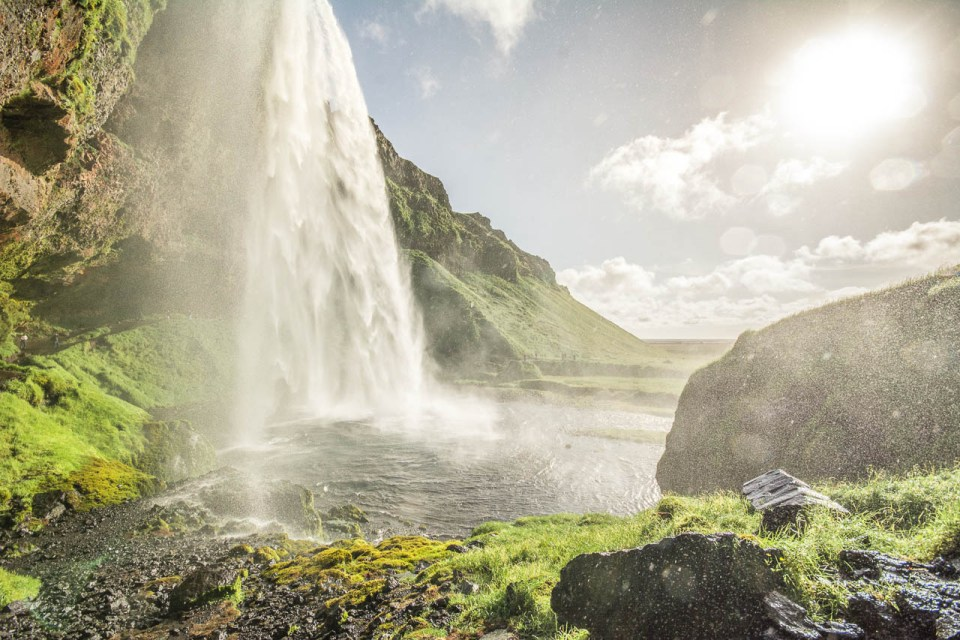 Seljalandsfoss_Island_11(1)