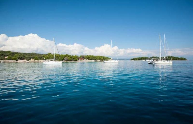 blaue-lagune-kroatien-tanja-reiseaufnahmen