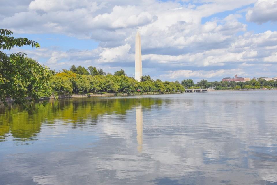 Das Washington Monument am Tidal Basin ist eins der schönsten Washington Sehenswürdigkeiten