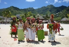 Tying the Knot in Tahiti – Weddings Are Now Legal for Couples (2/2)