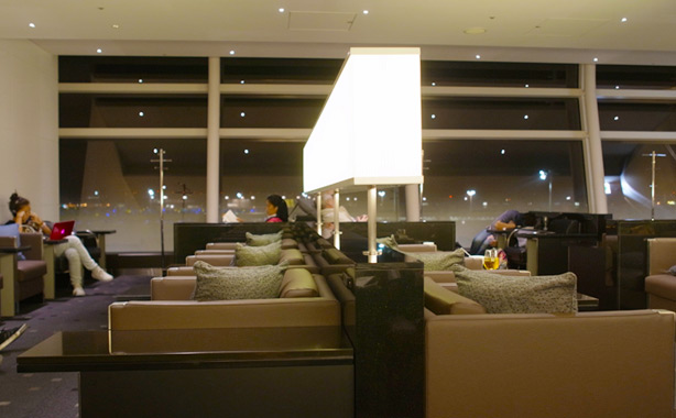 ana_hnd_lounge_oct_2014.26