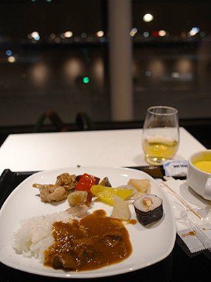 ana_hnd_lounge_oct_2014.30