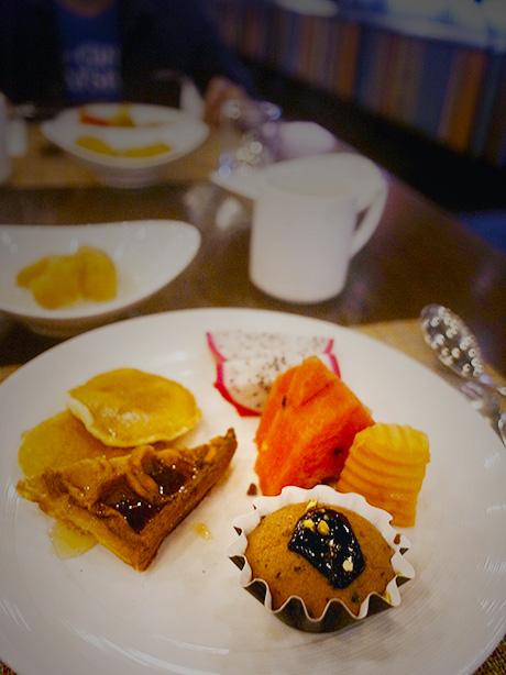 doubletree_sukhumvit_bangkok_breakfast.26