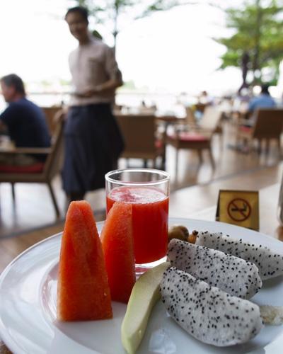 シャングリ・ラ バンコク Next2 朝食