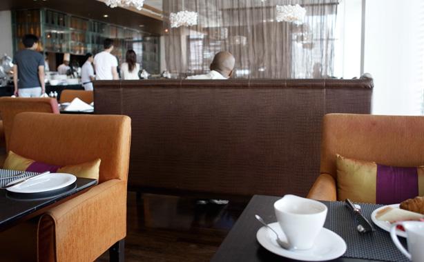 vie_hotel_bangkok_breakfast.12