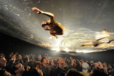 Performers from Fuerza Bruta