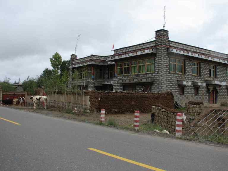 Gyantse to Shigatse