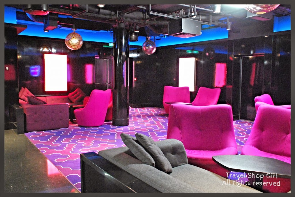 Norwegian Breakaway  Norwegian Cruise Line Review  Part IV Bars Lounges  Entertainment