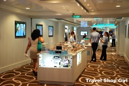 Shopping area onboard Norwegian Getaway