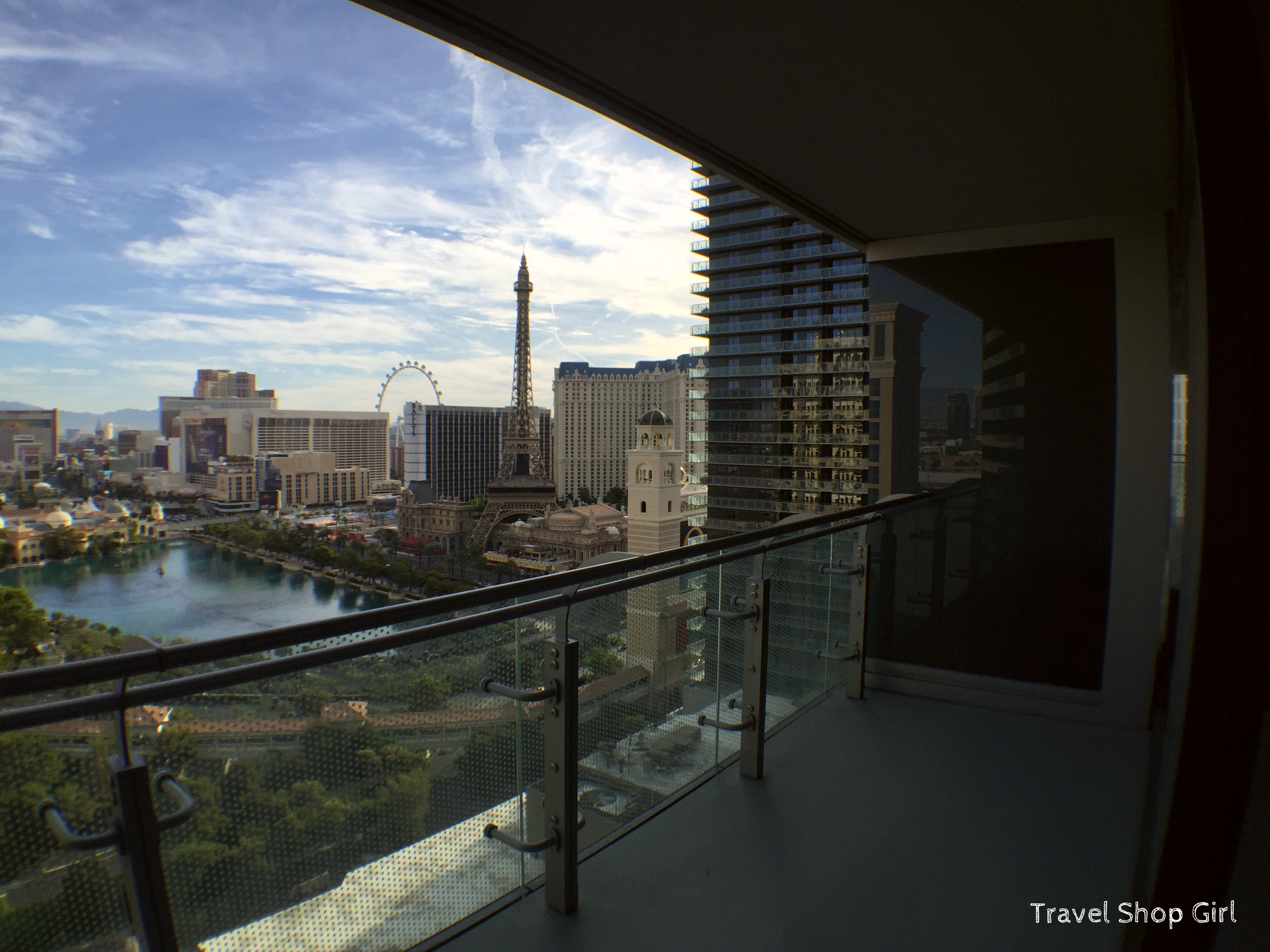 Balcony In Terrace One Bedroom At The Cosmopolitan