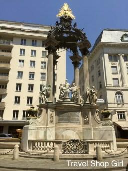 Vermählungsbrunnen (Wedding Fountain)