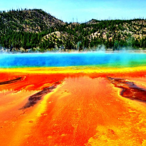 grand prismatic spring yellowstone national park usa