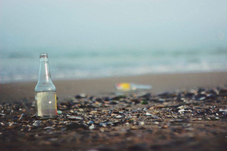 beach-trash-affect-environment
