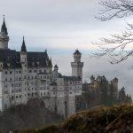 solo travel destination_germany_catsle_neuschwanstein_mountains