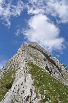The lower end of the ridge of Bobotov Kuk.