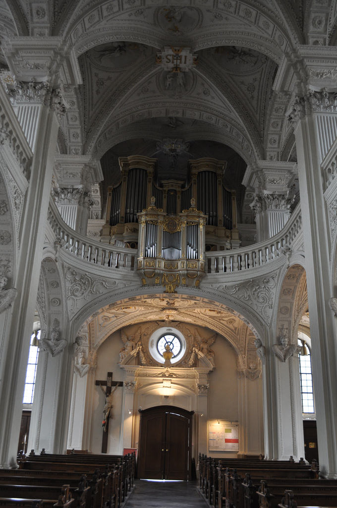 Andreaskirche and its beautifully carved ceiling.