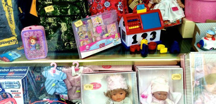 Window shopping: Toys in Burgos, Spain