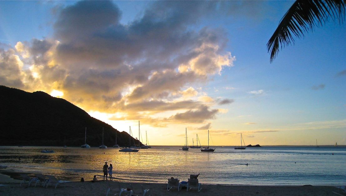 Frequent flyer programs: St. Martin at Sunset