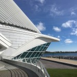 Milwaukee Art Museum: The main reception hall is designed to copy the prow of a ship, looking at Lake Michigan. (Photo credit: Suzanne Ball. All rights reserved.)