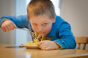 How NOT to eat pasta!