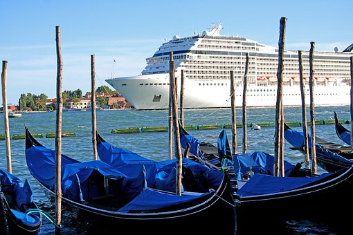 2018 Cruise Update: If there's water, there is probably a cruise. Italy and Mediterranean cruises offer the chance to check some places off your bucket list. (Photo credit: Pixabay)