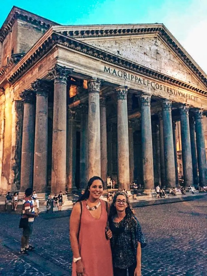 Couchsurfing and Travel Blogger Sarah Fay with Couchsurfer in front of the Pantheon in Rome, Italy.