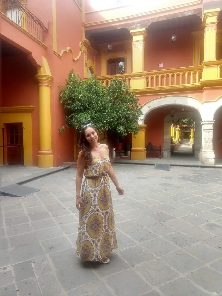 Sarah Fay Travel Blogger in Coyoacán