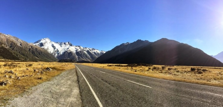 The Road to Aoraki Mount Cook