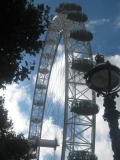 36. London eye