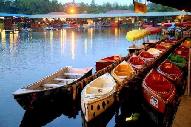Hasil gambar untuk Pasar Apung Lembang, Jawa Barat
