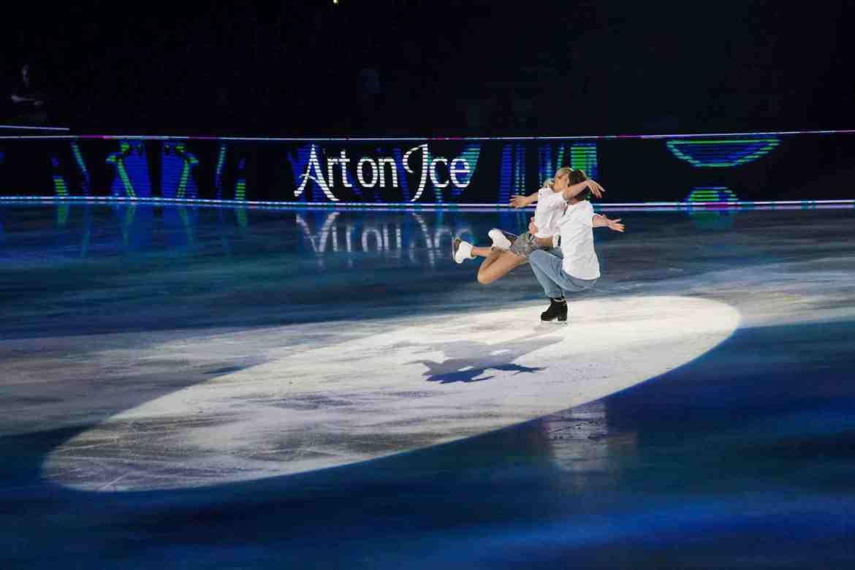 Victoria Sinitsina & Nikita Katsalapov art On Ice