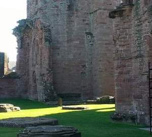 arbroath declaration within the ruins of the town abbey