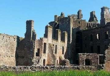 caerlaverock castle blog.