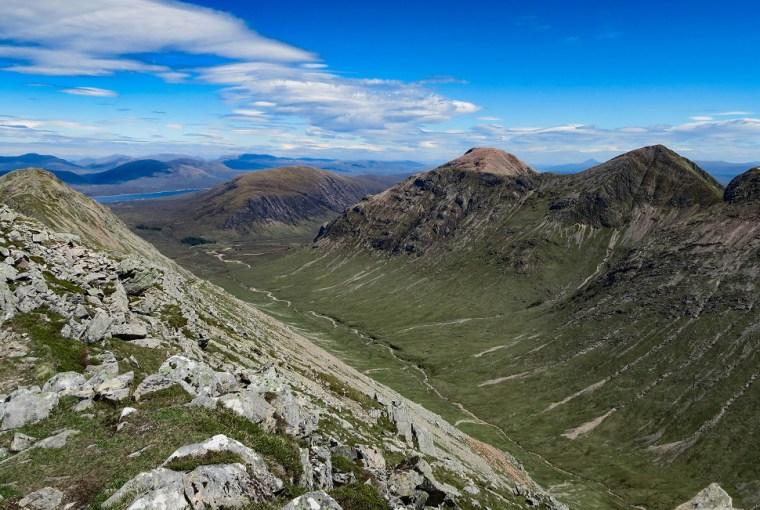 summit glen coe top 5 hikes scotland easy