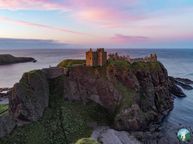 dunnottar castle sunset
