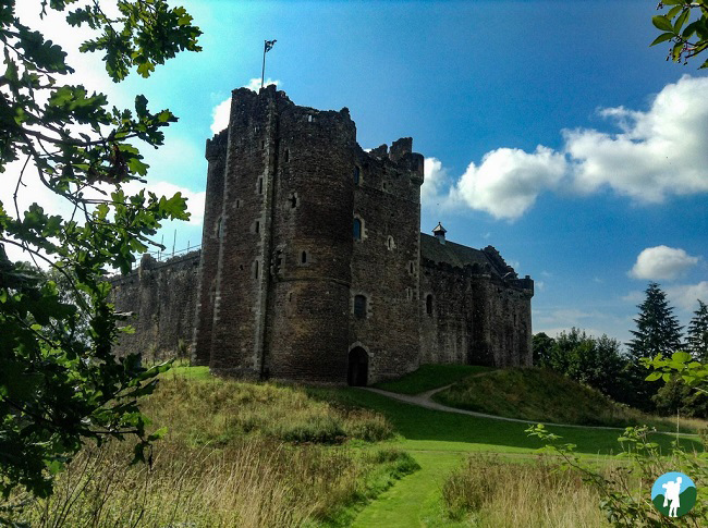 doune castle leoch outlander filming locations