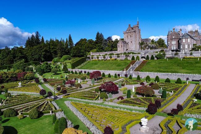drummond castle gardens outlander