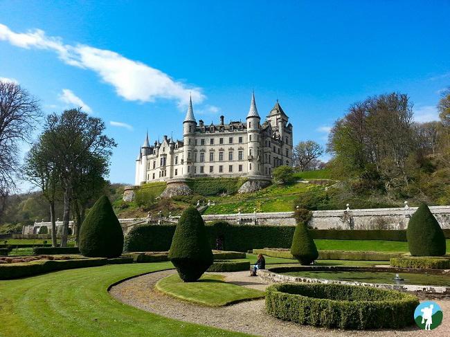 dunrobin castle scotland road trip itinerary