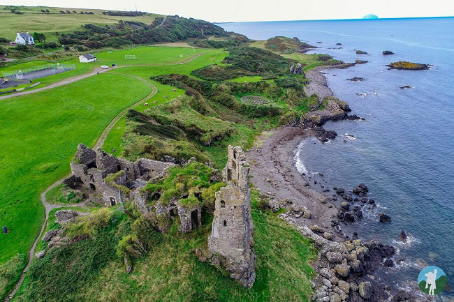 outlander season 3 filming locations dunure silkies' island