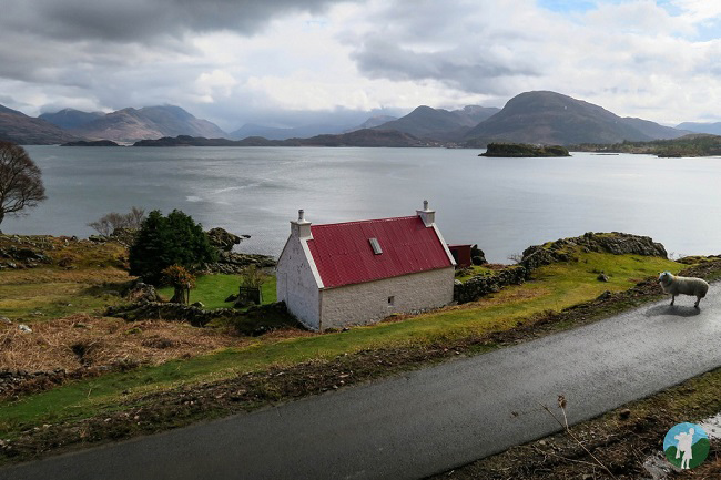 shieldaig red roof house north coast 500