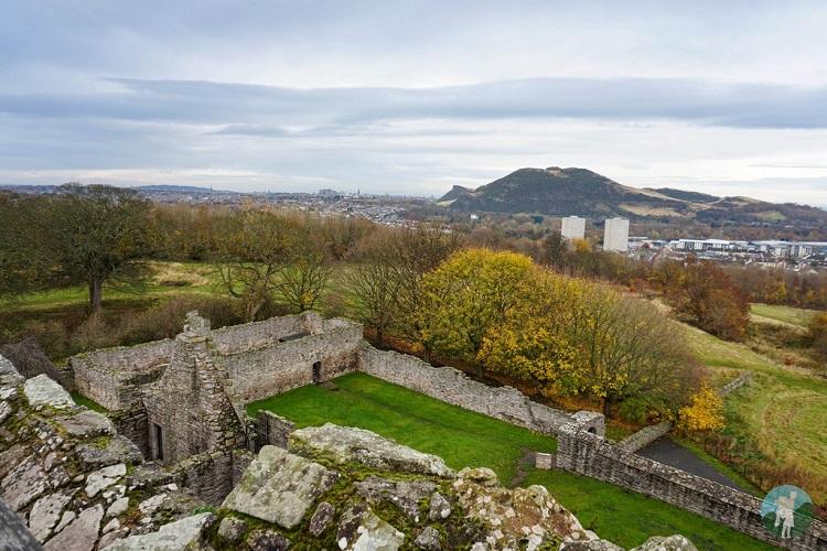craigmillar castle view arthur's seat