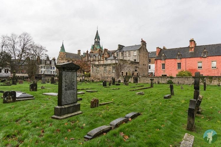 dunfermline abbey graveyard