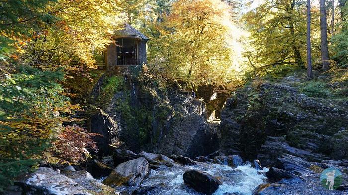 highland perthshire autumn hermitage