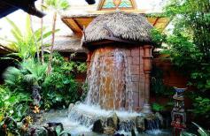 1.1434786525.entrance-to-the-enchanted-tiki-house