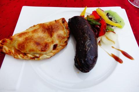 2.1441041523.argentinian-pie-empenada-with-black-pudding